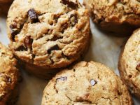 Chocolate and Nut Biscuits recipe