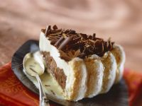 Chocolate and Vanilla Cream Cake recipe