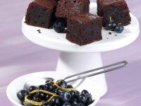 Chocolate Cake with Marinated Blueberries recipe