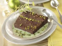 Chocolate Cake with Pistachios