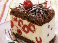 Chocolate Cake with Raspberries recipe
