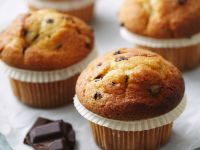 Chocolate Chip Vanilla Muffins recipe