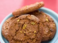 Chocolate Cookies with Pistachios recipe
