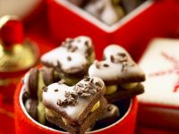Chocolate Heart Cookies with Creamy Pistachio Filling