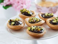 Chocolate Tartlets with Pistachios recipe