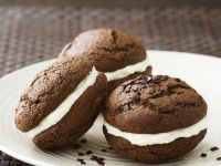 Chocolate Whoopie Pie with Cream Cheese Filling recipe