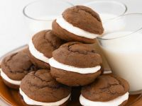 Chocolate Whoopie Pies recipe