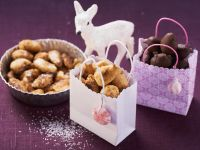 Christmas Almonds with Caramel recipe