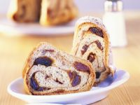 Cinnamon-Raisin Coffee Cake