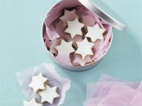 Cinnamon Star Cookies with Royal Icing recipe