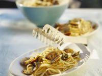 Clam Sauce Spaghetti recipe