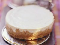 Classic Cream Cheese Gateau recipe