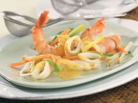 Coconut Curry Fondue with Mixed Seafood recipe