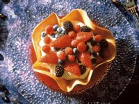 Cookie Bowl with Mascarpone Cream and Mixed Berries recipe
