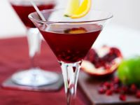 Cosmopolitan with Pomegranate Seeds recipe