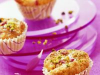 Cranberry Muffins with Pistachios