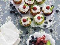 Cream and Raspberry Muffins recipe