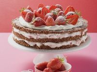 Cream Cake with Strawberries recipe