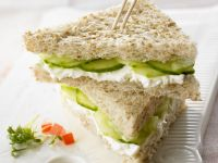 Cream Cheese and Cucumber Sandwich recipe