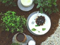 Cream Tartlets with Blackberries recipe