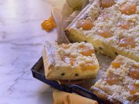 Creamy Apricot Cake with Streusel Topping recipe