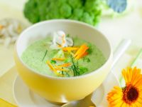 Creamy Broccoli Coconut Soup recipe