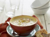 Creamy Clam Chowder from the USA recipe