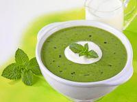 Creamy Potato, Pea and Mint Soup recipe