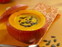 Creamy Pumpkin Soup in a Pumpkin recipe