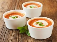 Creamy Tomato and Red Pepper Soup recipe