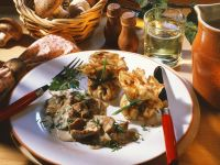 Crêpe Parcels with Veal and Mushrooms recipe