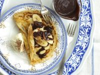 Crepes with Chocolate and Bananas recipe