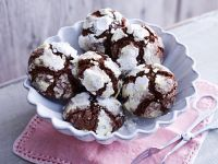 Crinkle Cookies with Hazelnuts recipe