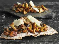 Crisp Bread with Mushroom Topping recipe