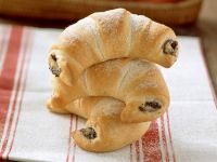 Croissants with Apple and Poppy Seed Filling recipe