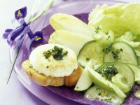 Crostini with Baked Goat Cheese, Salad and Pistachio Pesto recipe