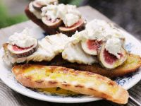 Crostini with Figs and Monkfish recipe