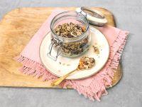 Crunchy Oat and Mango Breakfast Bowl recipe