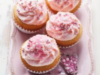 Cupcakes with Pink Frosting recipe