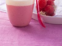 Dairy-free Raspberry Shake recipe