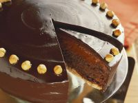 Decadent Gateau with Nuts recipe