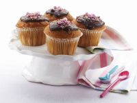 Decorated Cupcakes with Ganache recipe
