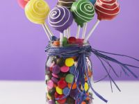 Decorated Swirl Lollies recipe