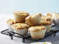 Diabetic-friendly Citrus Muffins with Topping recipe