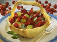 Dough Basket with Berries