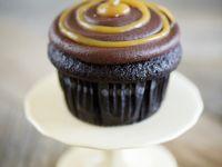 Dulce De Leche Drizzle Cakes recipe