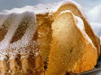 Dutch Eggnog Bundt Cake with Powdered Sugar recipe