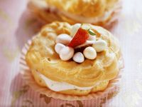 Easter Pastries with Berry Cream recipe