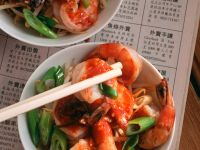 Egg Noodles with Shrimp and Sambal recipe