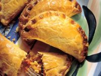 Empanadas Filled with Vegetables recipe